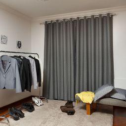 cortina-santista-calais-basic-400-x-250-cm-grafite-ambiente.jpg