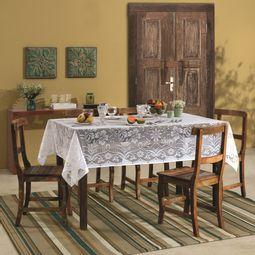 03528799-toalha-de-mesa-renda-realeza-retangular-ambiente.jpg