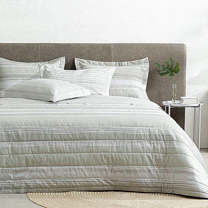 jogo-de-cama-queen-buddemeyer-180-fios-100--algodao-percal-liverpool-kaki-ambiente