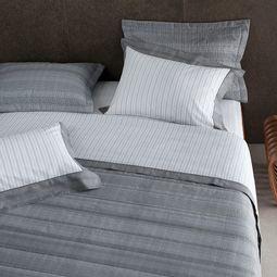 jogo-de-cama-casal-buddemeyer-180-fios-100-algodao-percal-austin-cinza-ambientada