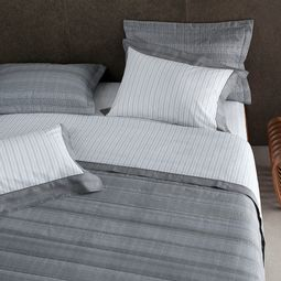 jogo-de-cama-queen-buddemeyer-180-fios-100-algodao-percal-austin-cinza-ambientada