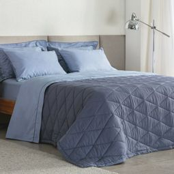 jogo-de-cama-queen-buddemeyer-180-fios-100-algodao-basic-percalle-azul-011-ambientada