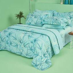06501101-kit-cobre-leito-queen-casa-com-casa-200-fios-cetim-estampado-verde-refrescante-ambientada-01.jpg