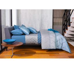 jogo-de-cama-king-by-the-bed-cetim-300-fios-100-algodao-hudson-ambientada-01.jpg